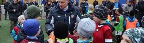 Вячеслав Макаров принял участие в товарищеском матче по футболу