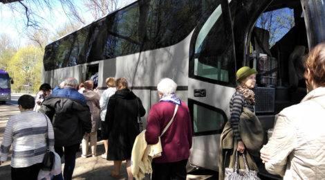 Экскурсия в Ломоносов для жителей округа