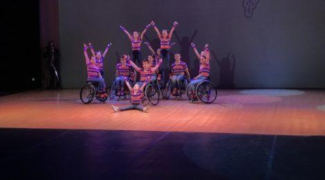 В Театре юных зрителей им. А.А. Брянцева прошёл Седьмой ежегодный фестиваль танцев на колясках «Адмиралтейское танго».