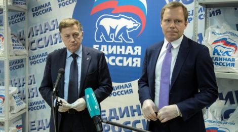 Вячеслав Макаров: Петербургские волонтеры передали более 2500 продуктовых наборов и 15000 масок в медучреждения